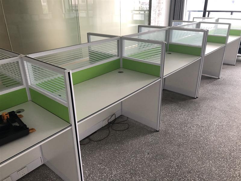 1.2米屏风桌(32套)