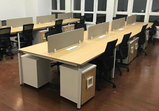 办公桌屏风工位配套办公椅(32套)